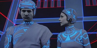 Filmstill aus TRON mit Jeff Bridges und Cindy Morgan - © Disney