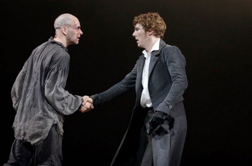 Szenenbild aus NT LIVE: FRANKENSTEIN - Photo by Catherine Ashmore