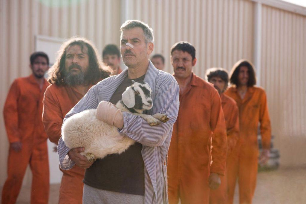 Lyn Cassady (George Clooney) rettet Mensch und Tier - © Kinowelt
