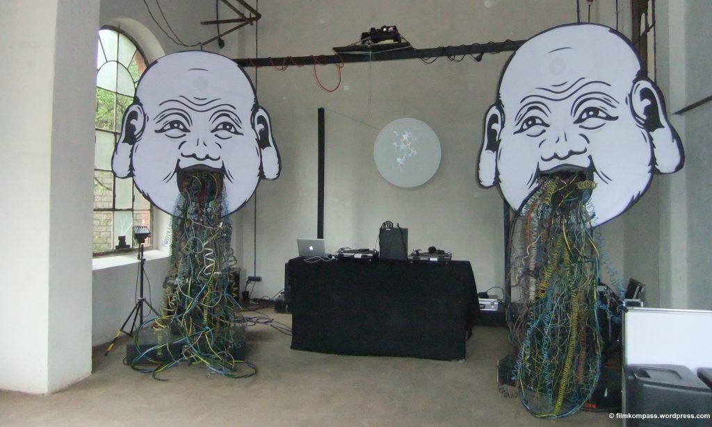 Die Lounge ist ganz im Zeichen des diesjährigen Mottos: Vernetzung. | Backup-Festival 2015