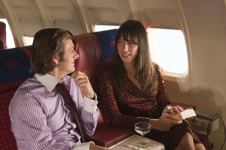 Szenenbild aus FROST/NIXON - Frost (Michael Sheen) und Caroline Cushing (Rebecca Hall) - © 2008 Universal Pictures<