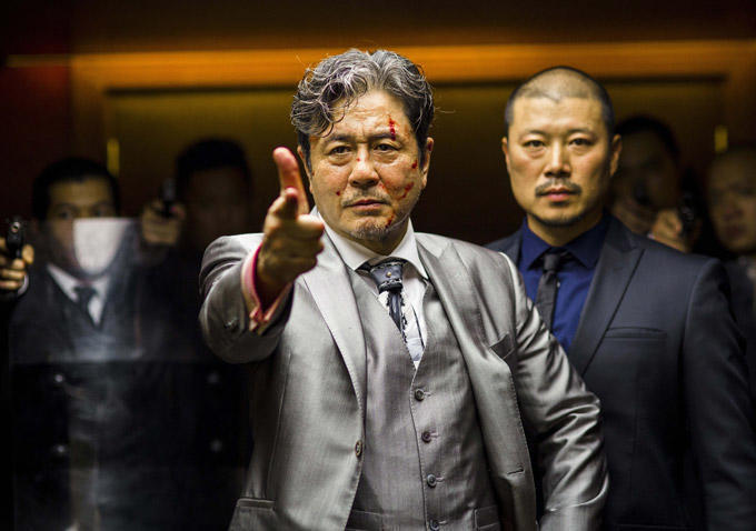 LUCY - Gangsterboss Mr. Jang (Min-sik Choi) - © Universal Pictures