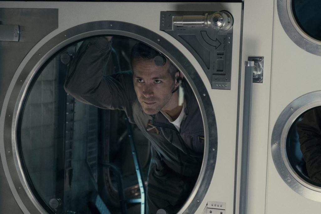 Filmstill aus LIFE, Ryan Reynolds - © Sony Pictures