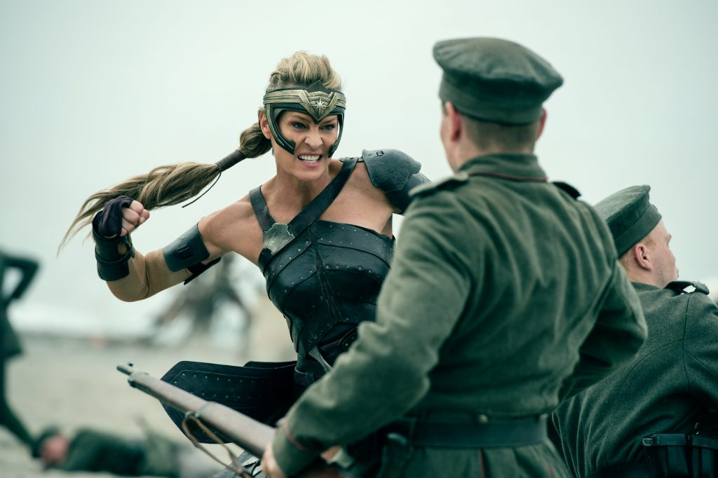 Antiope (Robin Wright) - © 2017 Warner Bros.