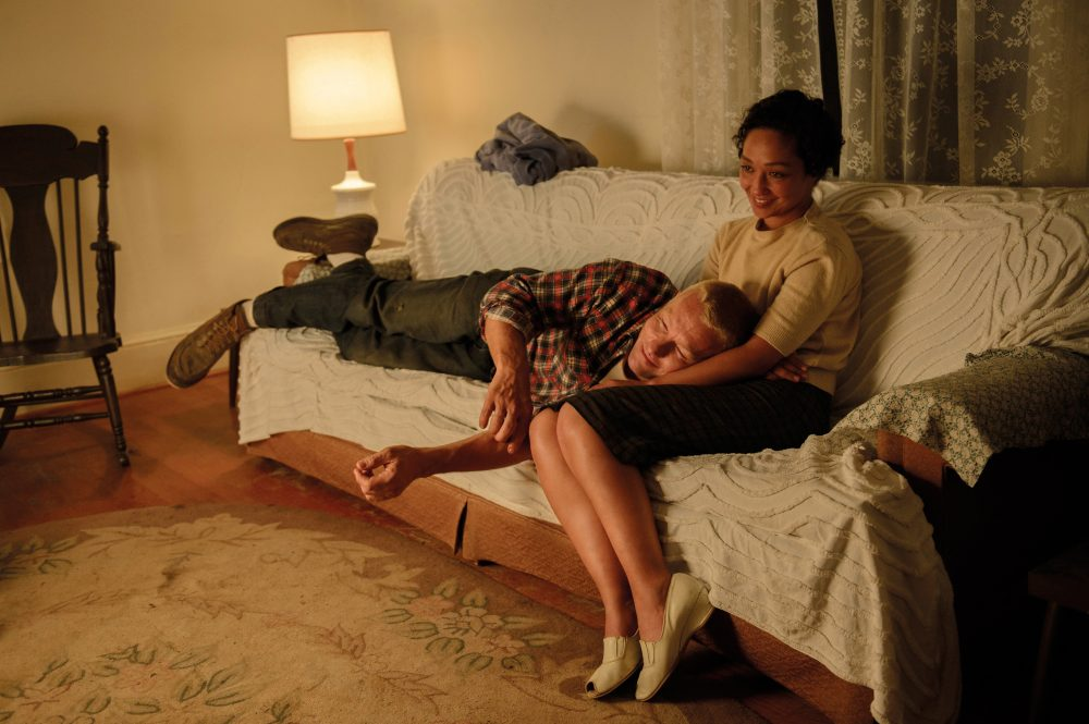 Filmstill aus LOVING (2016) - Richard (Joel Edgerton) und Mildred (Ruth Negga) Loving - © Universal Pictures