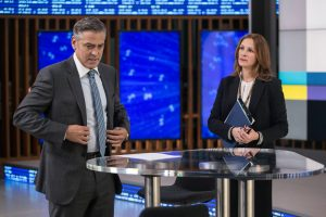 Filmstill aus Money Monster - Lee (George Clooney) und Patty (Julia Roberts) - © Sony