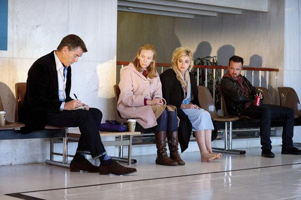 Szenenbild aus A LONG WAY DOWN (2014) - Die Vier schließen einen Pakt - © Universum