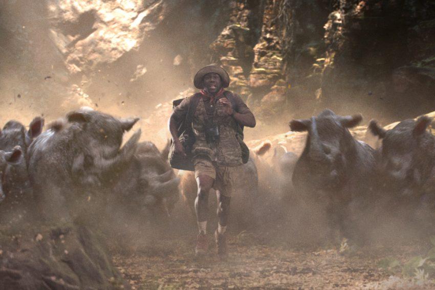 Szenenbild aus JUMANJI: WILLKOMMEN IM DSCHUNGEL (2017) - Moose Finbar (Kevin Hart) muss sich opfern - © Sony Pictures
