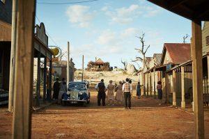 Filmstill aus THE DRESSMAKER (2015) - Western-Setting: Das Haus auf dem Hügel - © Ascot Elite Home Entertainment