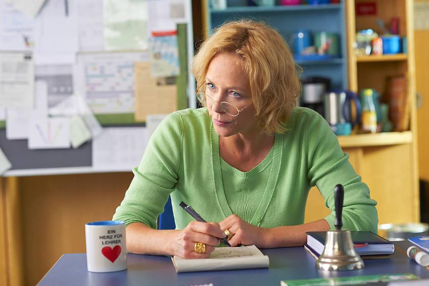 Szenenbild aus FACK JU GÖHTE 2 - Gudrun Gerster (Katja Riemann) - © Constantin