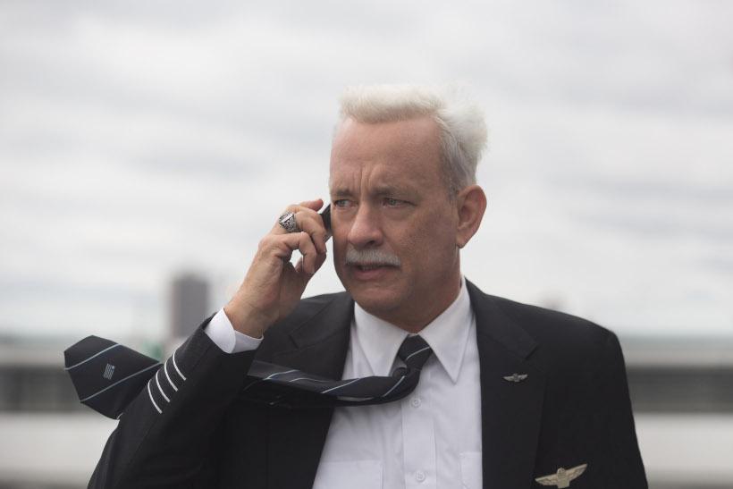 Szenenbild aus SULLY (2016) - Chesley B. Sullenberger (Tom Hanks) - © Warner Bros.
