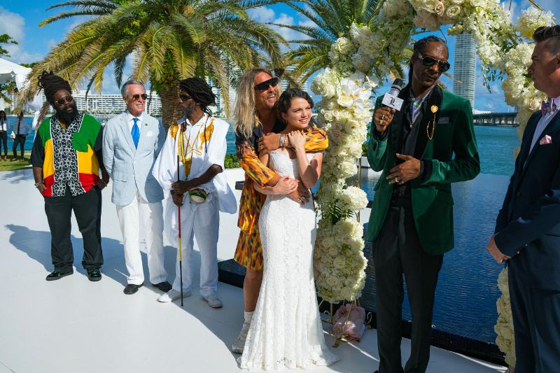 Szenenbild aus THE BEACH BUM - Ungewöhnliche Hochzeit - © Constantin Filmverleih