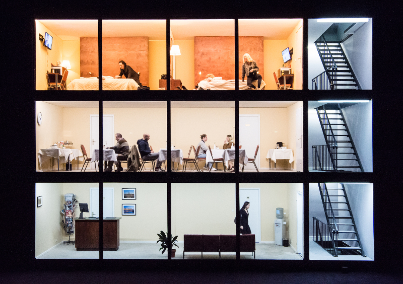 Szenenbild aus HOTEL STRINDBERG - Theater Basel - © Sandra Then